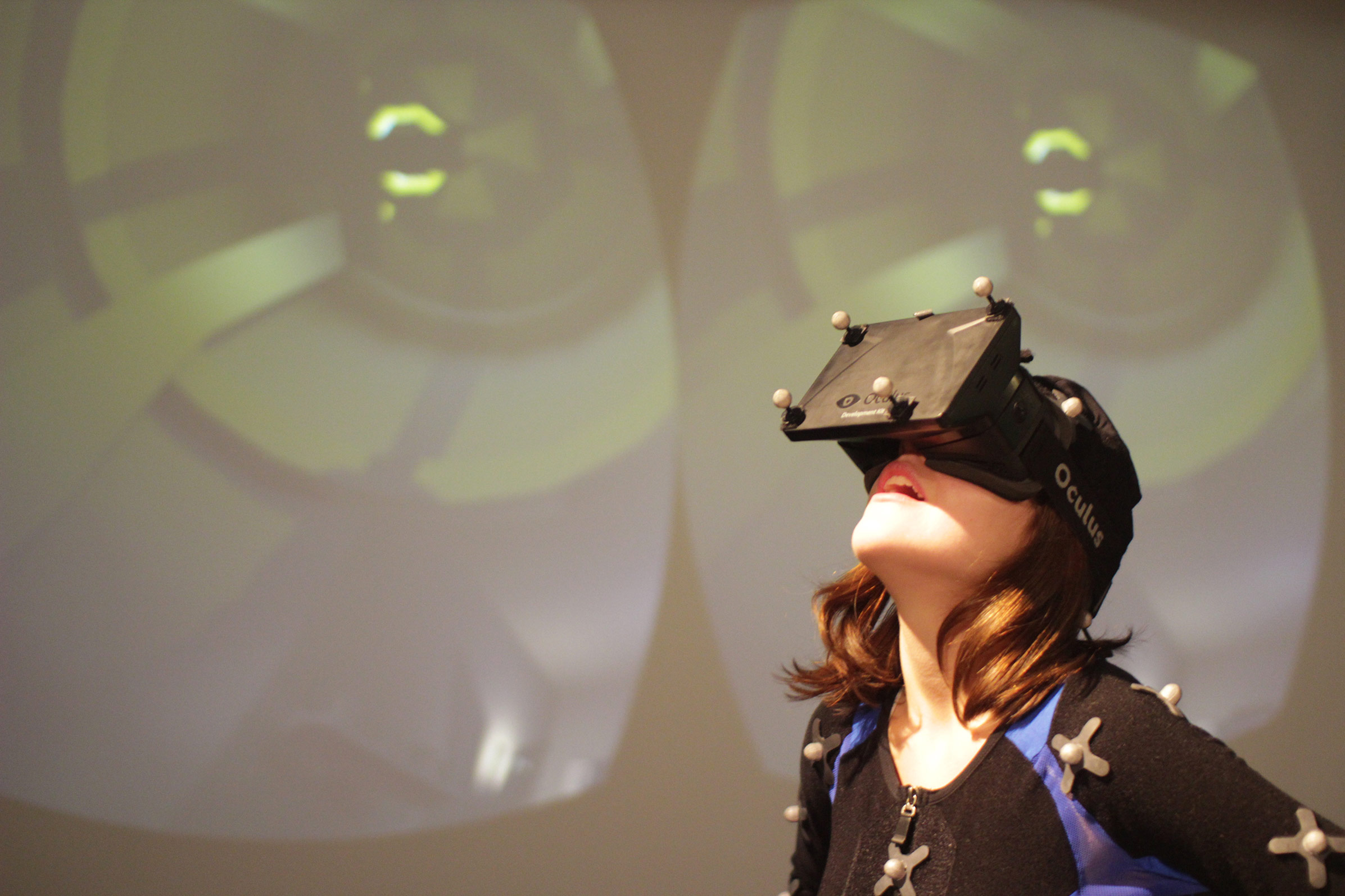 Experiencing Virtual Reality with the Oculus headset